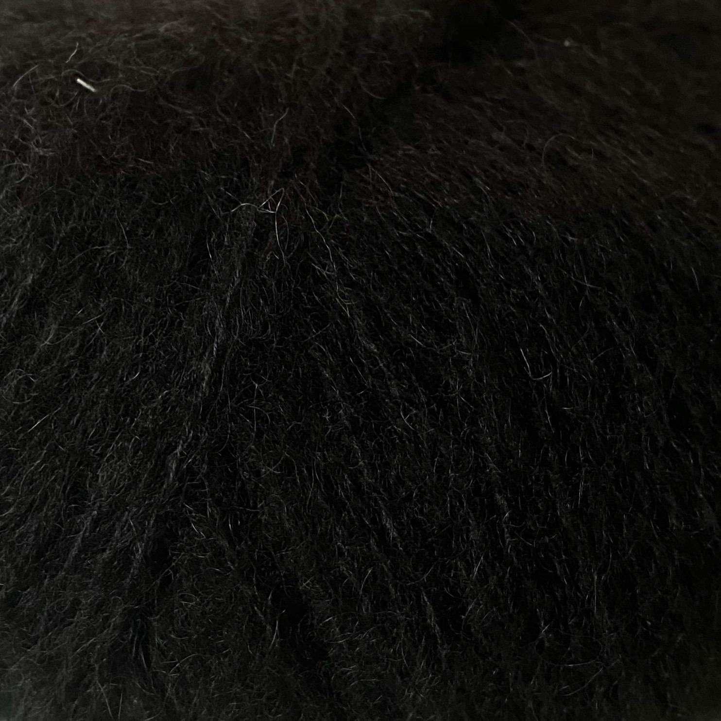 04 |schwarz